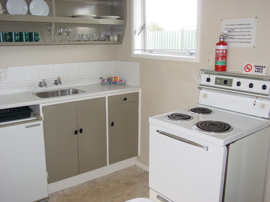 1brm a kitchen