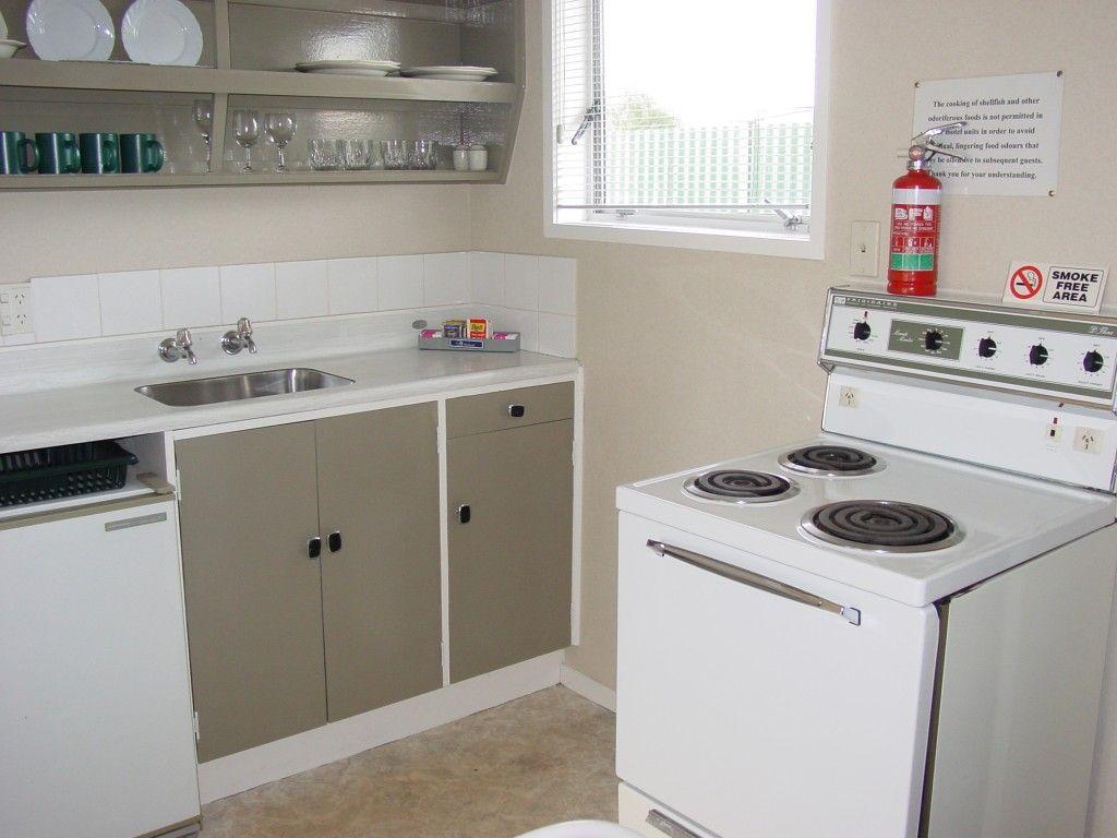 1brm a kitchen