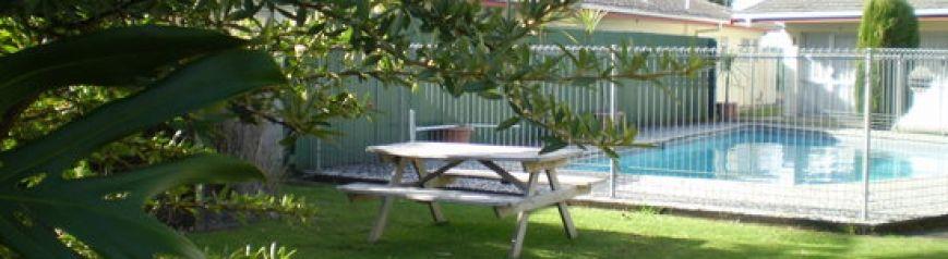 cropped-pool2.jpg
