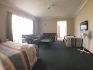 flat lounge 2